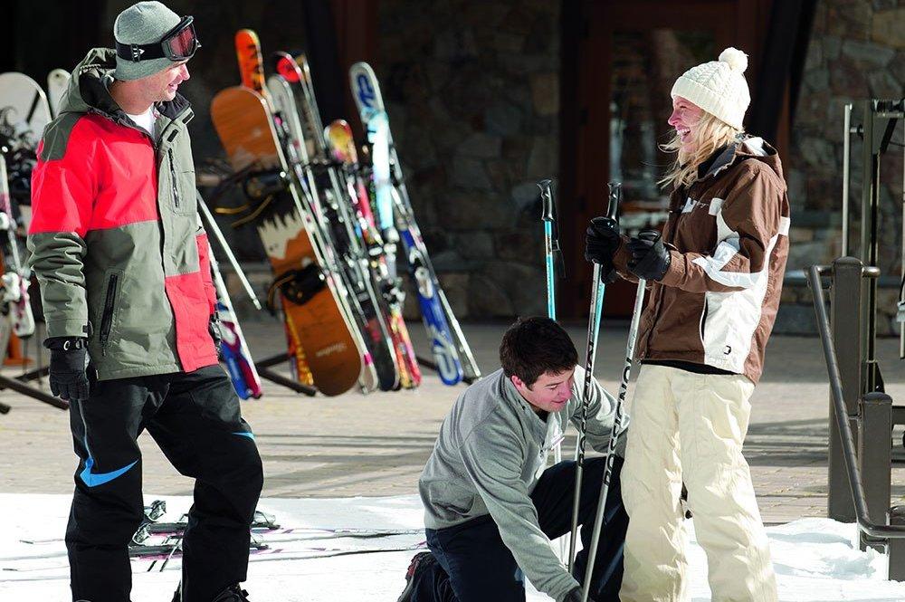 RitzCarltonLakeTahoe-Ski-Valet